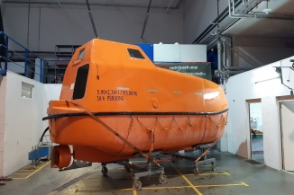 Lifeboat hull repair, reassembly and test during COVID-19